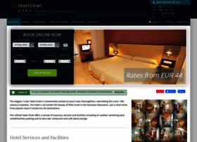 aparthotel-oroel-jaca.h-rez.com