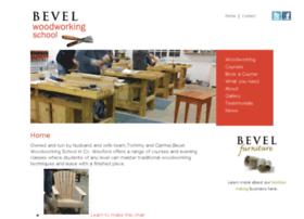 bevelwoodworkingschool.com