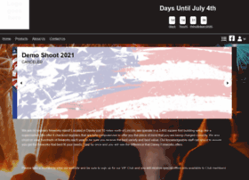 daveyfireworks.com