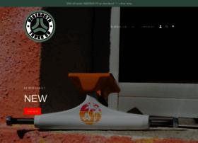 destructotrucks.com
