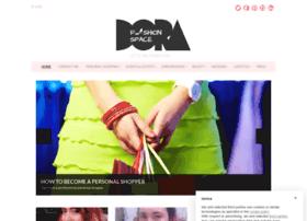 dorafashionspace.com
