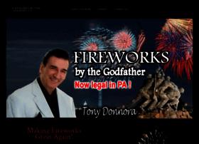 fireworksbydonnora.com