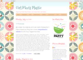 girlmeetsplastic.blogspot.com