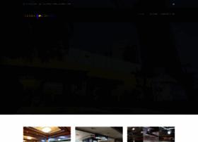 goldencitymall.com