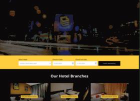 goldenroofhotel.com