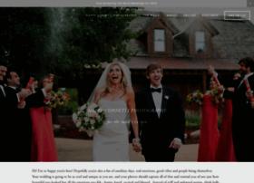 happyconfettiphotography.com