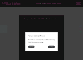 hostelbcn-sunmoon.com