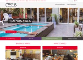 hostelcircus.com