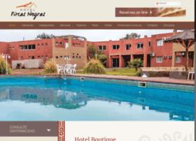 hotelpircasnegras.com