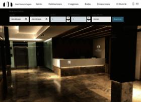 hotelpuertadesegovia.com