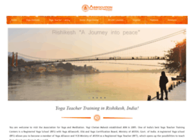 indianyogaassociation.com
