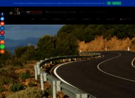 italyonmotorbike.com