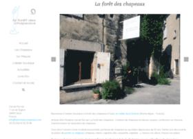 laforetdeschapeaux.com