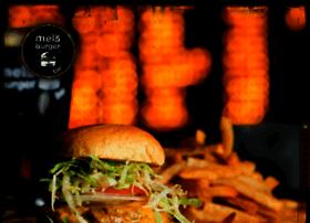 melsburgerbar.com