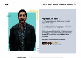 navidmoazzez.com