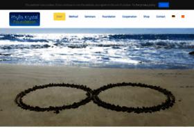 phylliskrystal.com