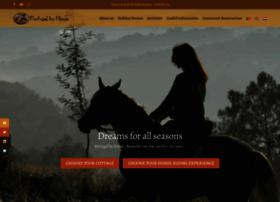 portugalbyhorse.com