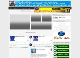 pusatplakatmurah.com