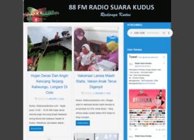 radiosuarakudus.com