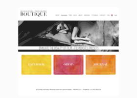 redleafboutique.com