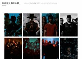rocknrollsocialite.com