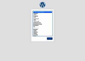 royaluniversal.com