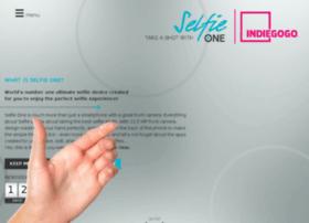 selfieonephone.com
