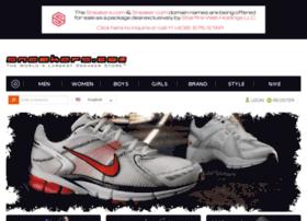 shop.sneakers.com