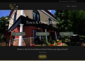 townandgownbistro.com