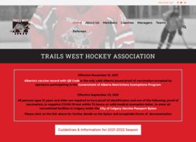 trailswesthockey.com