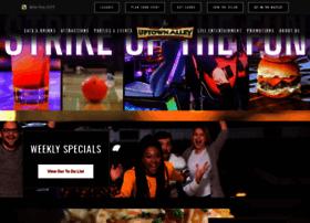 uptownalleyrichmond.com