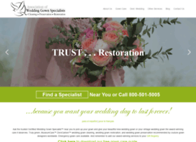 weddinggownspecialists.com