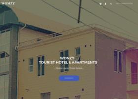 womzytouristhotel.com