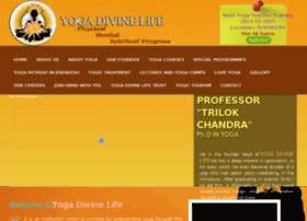 yogadivinelife.com
