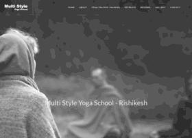 yogaschoolrishikesh.com